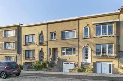 Mooie 3 slk woning met tuin en garage te Deurne-Zuid
