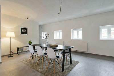 Ruim Duplex appartement te koop!