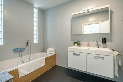 Knap duplex appartement te koop met ruim zuidgericht terras