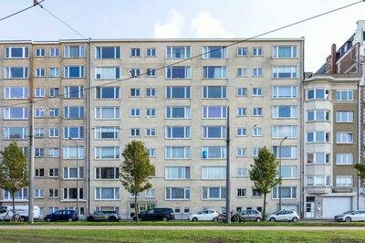 Luxueus, heel groot appartement met parking