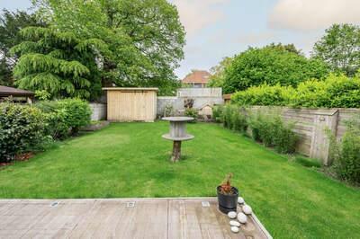 OPTIE I Halfopen bebouwing met mooie tuin in Burcht