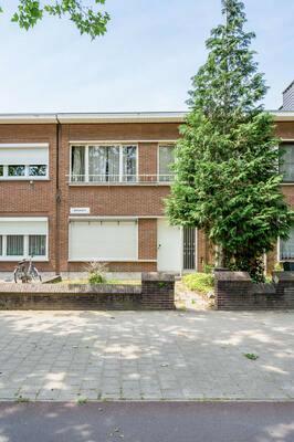 Huis in Bikschotelaan 16, 2600 Berchem