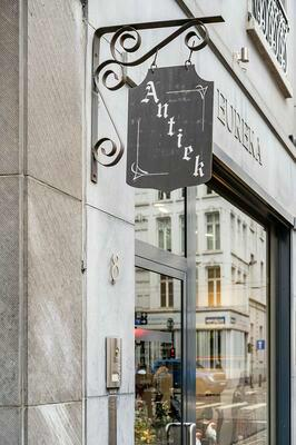 Handelspand + triplex met 2 terrassen in historisch hart Antwerpen