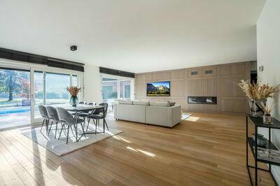 Grote, moderne villa op 27.000m2 in Brasschaat